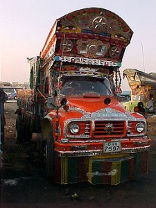 Pakistani Truck | von amir taj | via Wikimedia Commons